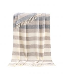 Beige Megan Throw - JJ Textile